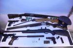 Sequestrati in Puglia 65 mitra, 33 fucili, 99 pistole, mine anticarro e bombe