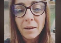Camilla Raznovich: «Sono positiva al Covid, ma sono in miglioramento» La conduttrice lo ha annunciato in un video su Instagram - Ansa