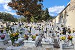 Giornata dei defunti, commemorazione nei cimiteri a Messina tra distanzamento e controlli
