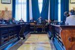 Messina, in Consiglio non passa la mozione di modifica all'ordinanza anti-Covid