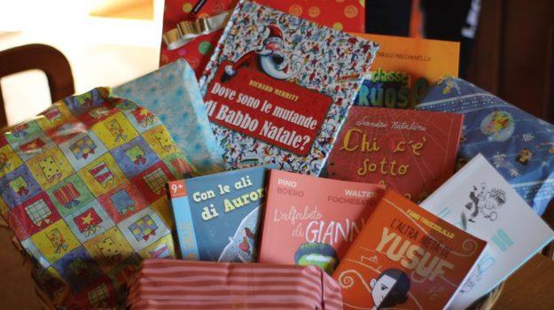 donazione, libri, puzzle, Catanzaro, Calabria, Cronaca