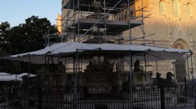 fontana, Salvatore Mondello, Messina, Sicilia, Politica