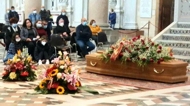 funerali, Antonino Mantineo, Messina, Sicilia, Cronaca