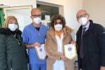 Lions Club Cosenza Castello Svevo, donate due barelle all'ospedale dell'Annunziata
