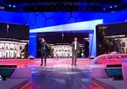 Luca e Paolo, l'omaggio canoro a Biden sulle note di «Heidi» I due comici a «Quelli che il calcio» dedicano la loro canzone settimanale alle elezioni americane - Corriere Tv