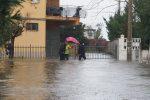 Maltempo a Schiavonea, pioggia per tutta la notte: famiglie sfollate