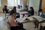 """Gli studenti del """"Manzoni Dina e Clarenza"""" di Messina """"incontrano"""" la Gazzetta del Sud"""
