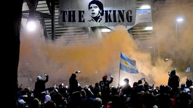 calcio, napoli, san paolo, stadio maradona, Diego Armando maradona, Sicilia, Sport