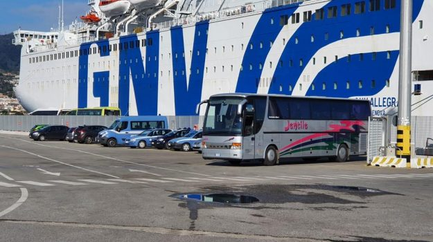 messina, migranti, nave quarantena, Messina, Sicilia, Cronaca