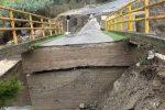 Maltempo nel Crotonese, ponte crollato a Melissa