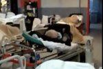Pazienti ammassati al pronto soccorso di Cosenza, video choc dall'Annunziata