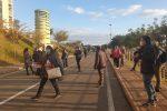 Catanzaro, protesta dei precari: bloccata la strada per la Cittadella regionale