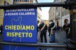 Sanità, protesta a Roma dei sindaci calabresi: ricevuti da Conte. Domani forse nuovo commissario