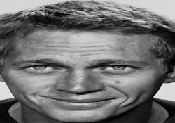 Quarant'anni senza Steve McQueen, vita spericolata di un'icona del cinema Leggenda del grande schermo, amante delle corse in auto e moto, è morto il 7 novembre 1980 a 50 anni - Ansa