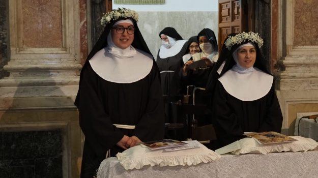 """Messina, il """"sì"""" delle nuove sorelle Maria Chiara Amata dell'Eucarestia e Chiara Maria Eustochia della Passione"""