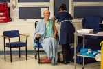 Coronavirus, vaccini dal 27 dicembre per medici e infermieri. A febbraio gli anziani