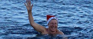 """Natale """"estivo"""" alle Eolie: turisti al mare"""