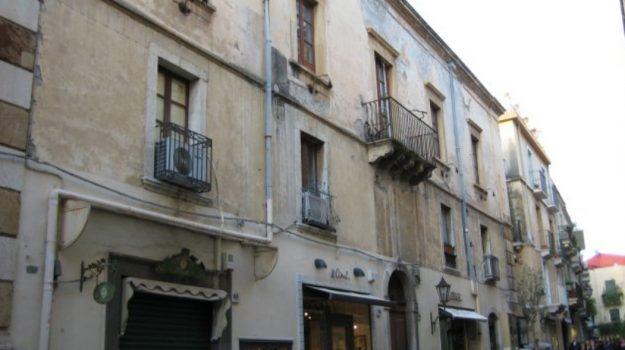 Fondazione Taormina Arte, Messina, Cronaca