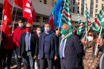 Vaccini sui luoghi di lavoro, i sindacati calabresi si appellano alla Regione