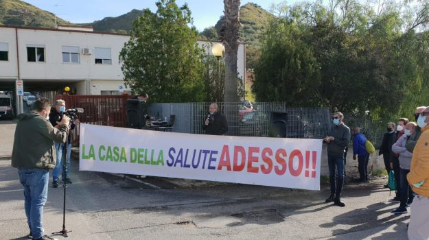 Poliambulatorio Amantea, Cosenza, Cronaca