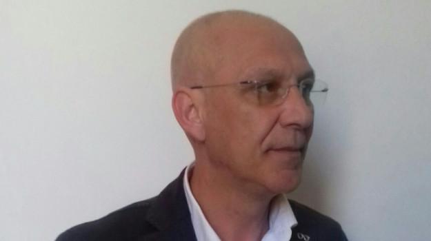 ordinanza, scuole chiuse, sindaco, vaccarizzo albanese, Antonio Pomillo, Cosenza, Politica