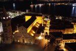 Messina di notte è spettrale, ma bellissima