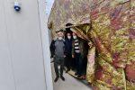 Crotone, sopralluogo di Gino Strada all'ospedale da campo per il Covid