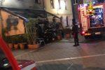 Girifalco, incendio distrugge l'esterno di un bar
