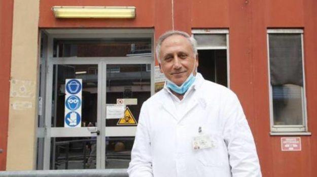 coronavirus, misure restrittive, vaccino, Arnaldo Caruso, Calabria, Cronaca