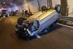 Incidente sulla SS107 nel Cosentino in galleria, tre i veicoli coinvolti. Un ferito