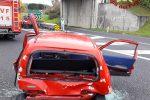 Cosenza, tragedia sfiorata sull'A2: incidente tra ambulanza e Fiat 600, ferito il conducente dell'auto