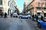Messina: volante della polizia si schianta su Fiat 600. Incidente in pieno centro - FOTO