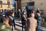 La protesta davanti all'ufficio postale di Caloveto