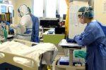 I medici che si stanno prodigando nella battaglia contro il coronavirus