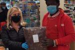 Kemo Darboe, 40 anni gambiano è stato assunto da un supermercato