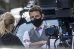 Covid, sfuriata di Tom Cruise: la troupe mantenga le distanze sul set