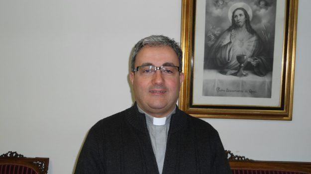 aracavacata, chiesa, crepe, rende, Amerigo Castiglione, Michele Buccieri, Paolino Vercillo, Cosenza, Cronaca