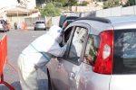 Scuole, iniziato lo screening a Messina: decine di auto in coda