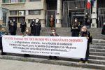 """Cosenza, flash mob dei magistrati onorari: """"Senza diritti e tutele"""" - VIDEO"""