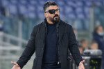 Gattuso con la benda all'occhio durante la partita Napoli - Torino