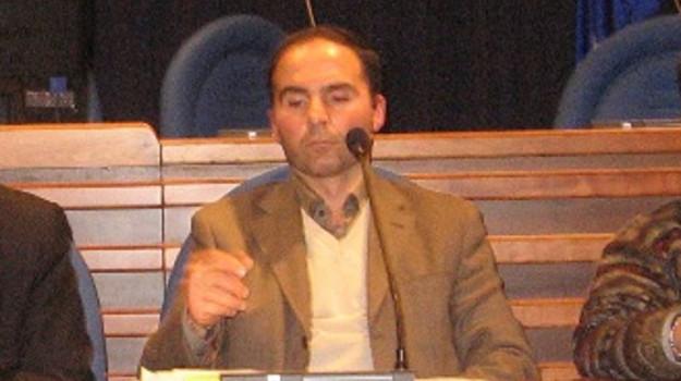 lavoratori ex legge 12, stabilizzaizone, Gianluca Persico, Calabria, Economia