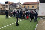 Interrotta la partita tra migranti a Gioia Tauro