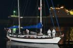Lo sloop a vela e motore con a bordo almeno 35 migranti sbarcato nel porto di Crotone