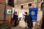 Mendicino cardioprotetta, il Rotary dona un defibrillatore
