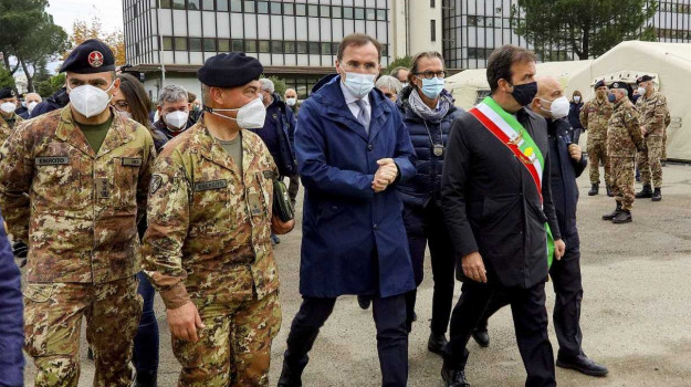 coronavirus, ospedale militare Cosenza, Angelo Borrelli, Francesco Boccia, Cosenza, Cronaca