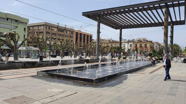 finanziamento, piazza cairoli, Cateno De Luca, Messina, Economia