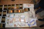 """Reggio, operazione """"Focus 'Ndrangheta"""": sequestrati 14mila euro in contanti e 220 petardi"""