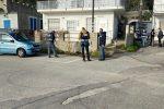 Carabinieri e Capitaneria mettono i sigilli a 71 villette abusive nella baia di Caminia a Stalettì
