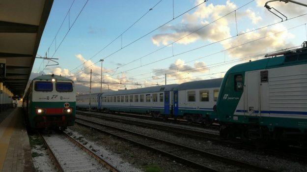 rissa, treno, Sicilia, Cronaca
