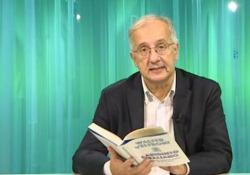 Walter Veltroni legge il suo nuovo libro: «Labirinto italiano. Viaggio nella memoria di un Paese» Il libro è edito da Solferino con la prefazione di Luciano Fontana - CorriereTV